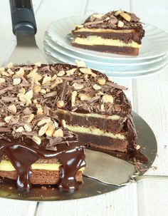 Easy Delicious Recipes, Sweet Recipes, Yummy Food, Chocolate Toffee, Chocolate Caramels, Baking Recipes, Cake Recipes, Cookie Cake Pie, Just Bake