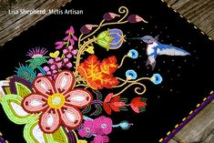 Gorgeous bead work by Lisa Shepherd, Metis artist Indian Beadwork, Native Beadwork, Native American Beadwork, Powwow Beadwork, Powwow Regalia, Art Perle, Beadwork Designs, Nativity Crafts, Beading Projects