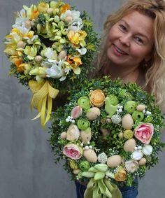 Wianki dekoracyjne wielkanocne z pracowni florystycznej www.tendom.pl #wiankiztendom #wianekdekoracyjny #wianek #wielkanoc #wianeknadrzwi…