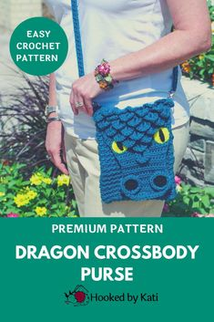Do not confuse this Dragon purse with imitations. NOW INCLUDED IN PRINTABLE FORMAT, the modifications to make your Dragon CrossBody Bag into a Frost Dragon.This dragon purse has an adjustable chain strap that allows it to easily convert to a shoulder bag. The design features textured stitches for a unique purse pattern with lots of room and a big attitude. A fun gift and a great addition to any dragon-lover's outfit.Pattern includes PHOTO TUTORIAL for Crocodile Stitch. #hookedbykati Half Double Crochet, Single Crochet, Long Strap Purse, Crochet Dragon, Crocodile Stitch, Unicorn Pattern, Unique Purses, Simple Bags, Purse Patterns