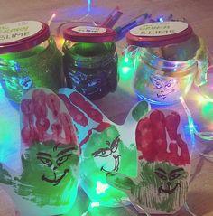 Používateľ Zuzana zdieľal fotku na Instagrame: Za posledný týždeň som Grincha videla asi 10x 🙈 ale stále sú pasáže, kde poznám len zvuk 🙉 Takže… • Pozrite si v jeho profile 35 fotiek a videí. Mason Jars, Instagram, Mason Jar, Glass Jars, Jars