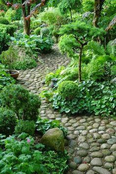 Kivistä tehty polku