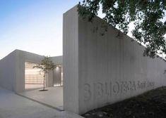 Sant Josep Library