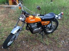 Just found out we're having a baby, so I need to let the bike go. 1972 Yamaha 250 Enduro bike for sale. Vintage Bikes, Vintage Motorcycles, Sport Motorcycles, Custom Motorcycles, Dt Yamaha, Yamaha Motor, Classic Bikes, Classic Cars, Enduro Motorcycle