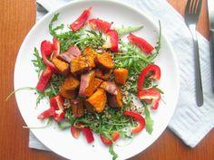 Quinoa maaltijd salade. Zoete aardappel met quinoa.