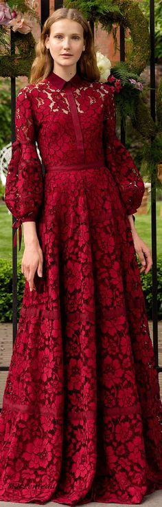 Dress long muslim brokat 42 ideas The post Dress long muslim brokat 42 ideas appeared first on Best Dress. Muslim Fashion, Modest Fashion, Hijab Fashion, Fashion Dresses, Dress Brokat, Kebaya Dress, Elegant Dresses, Pretty Dresses, Lace Dress