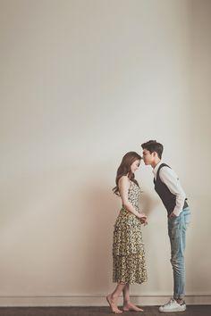 모노스케일 - Korea Pre Wedding by MonoScale Pre Wedding Poses, Wedding Couple Photos, Pre Wedding Photoshoot, Wedding Pics, Wedding Shoot, Wedding Couples, Cute Couples, Korean Wedding Photography, Wedding Photography Packages