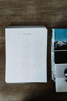Free 2018 Minimal Printable Year Calendar   Lauren Nicole Co.  calendar download free, free 2018 calendar, minimal calendar, free calendar, download calendar, calendar download, simple calendar, desk calendar