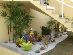 How To Make A Small Pebble Garden Under The Stairs - Page 2 of 3