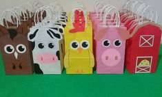 Bolsitas Golosineras La Granja De Zenoc n - $ 20,00 en Mercado Libre Farm Animal Birthday, Cowboy Birthday, Farm Birthday, Baby Girl First Birthday, 2nd Birthday Parties, Party Animals, Animal Party, Farm Themed Party, Farm Party