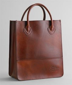 b961610bd13 nice leather bag   nice work LL Bean!