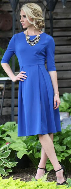 The Jessica dress in Cobalt Blue is simple and classy. This dress is great for all season and so comfy and versatile. You can dress it up for a glam look or dress down with a cardigan and boots for casual chic!    Modest Dresses/ Church Dresses / Modest Fashion/ Modest Clothing/ Modest Clothes/ Colbalt Blue Dress #sierrabrookeclothing