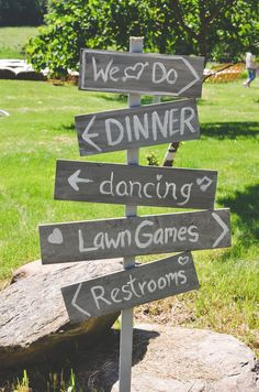 rustic wedding sign // photo by Jessica Oh // view more: http://ruffledblog.com/rustic-upstate-new-york-wedding