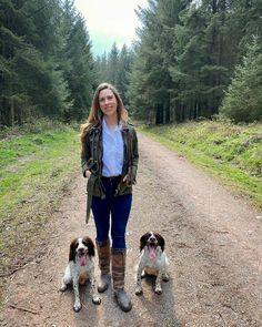 Field Spaniel, Show Us, Barbour, Style Inspiration, Photo And Video, Videos, People, Photos, How To Wear