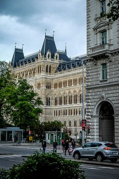 Vienna 2017 | Georgios Pavlidis | Flickr Monuments, Heart Of Europe, Vienna Austria, Travel Memories, Prague, Budapest, Places Ive Been, Places To Visit, Louvre