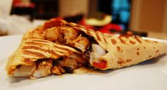 BBQ Chicken Wraps – Perfect for Lunchtimes & Syn Free Bbq Chicken Wraps, Chicken Spices, How To Cook Chicken, Barbecue Chicken, Slimming World Lunch Ideas, Slimming World Recipes Syn Free, Chapati, Paninis, Quesadillas