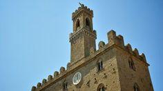 Volterra: Palazzo dei Priori - detail