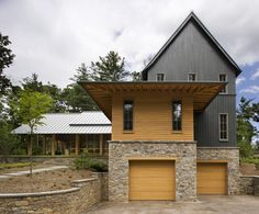 Cabin Exterior Design Ideas, Pictures, Remodel, and Decor    Siding color combo