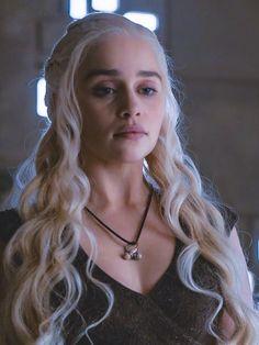 Emilia clarke game Of Thrones Daenerys Targaryen Art, Deanerys Targaryen, Game Of Thrones Khaleesi, Emilia Clarke Daenerys Targaryen, Game Of Thrones Dragons, Game Of Throne Daenerys, Clarke Game Of Thrones, Game Of Thrones Tv, Game Of Thones
