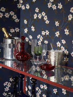 Malleny wallpaper from Nina Campbell - - Indigo Luxury Wallpaper, Dark Wallpaper, Painted Wallpaper, Painted Walls, Bedroom Wallpaper, Beautiful Wallpaper, Wallpaper Ideas, Designer Wallpaper, Beautiful Houses Interior