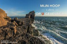 Mijn hoop is alleen op u gevestigd. Psalmen 39:8  #Hoop  https://www.dagelijksebroodkruimels.nl/psalmen-39-8/