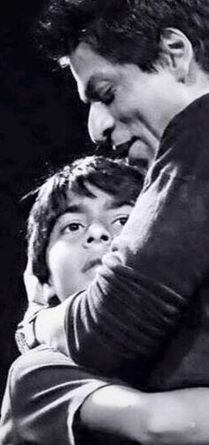 Shah Rukh Khan with eldest son Aryan