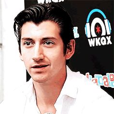 Alex Turner AM hair