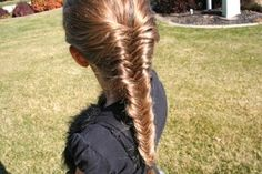Fishtail french braid: I usually don't do the french braid part of this, but I should.. it looks so cool