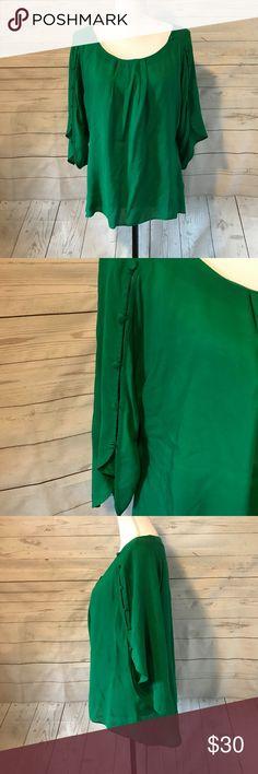Maeve Anthropologie Medium Green Blouse Maeve Anthropologie Medium Green Button Sleeve Blouse Anthropologie Tops Blouses