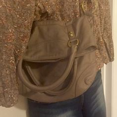 Old Navy fold over purse Great neutral purse that will hold everything you need it to. Use it folded over (as pictured) or not. Old Navy Bags Shoulder Bags