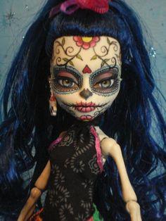 ~ Lolita ~ OOAK Monster High Skelita Calaveras Repaint ~ Day of The Dead ~ by Bordello ~ Custom Monster High Dolls, Monster Dolls, Monster High Repaint, Custom Dolls, Skelita Calavera, Sugar Skull Art, Sugar Skulls, Ever After Dolls, Frida Art