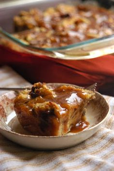 Just a good recipe: Caramel bread pudding Omg!! Desserts for my sweet tooth Cakes / sweet desserts / foodporn / yummy / food category delish delicious