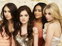 Spencer Hastings, Aria Montgomery, Emily Fields, and Hanna Marin Pretty Little…