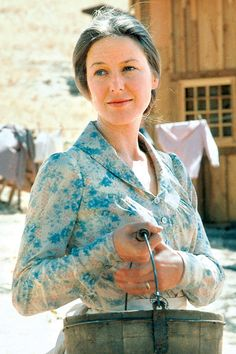 Little House on the Prairie, Ma Ingalls, Caroline Ingalls (by ??), female actress, beautiful, dear memories, tv series, love it, photo.
