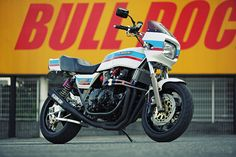 This 1980s Kawasaki Z1000J superbike has been given a new lease of life (and power) by the Japanese custom workshop Bull Dock.