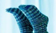 Knitted socks pattern!  So want to try!