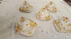 Vintage Cake Stands, Tea Sets Vintage, Panna Cotta, Ethnic Recipes, Food, Dulce De Leche, Essen, Meals, Yemek