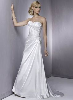 Wholesale Cheap Absorbing Beads Working Empire Wasit Sweetheart Court Train Satin Beach Bridal Gown