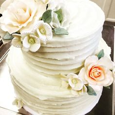 Wedding cake with sugar flowers by a Bakeshop!