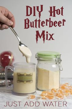 Make your own Hot Butterbeer Mix, just add water! #harrypotter #universalorlando #butterbeer #wizardingworld via @lizzp