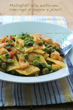 Italian Cooking - The Joys Of Cooking Italian Dishes! Cooking Joy, Italian Cooking, Cooking Recipes, Healthy Recipes, Italian Buffet, Italian Dishes, Italian Recipes, Pasta Company, Pasta Al Dente