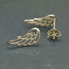 Sterling Silver Wing Earrings / Openwork Angel Feather / Dainty Post Stud Butterfly Back / Spring Jewelry Sterling silver UK 1549 Angel Wings Jewelry, Angel Wing Earrings, Small Gold Hoop Earrings, Sterling Silver Earrings Studs, Stud Earrings, Silver Wings, Crystal Gifts, Opal Necklace, Thing 1