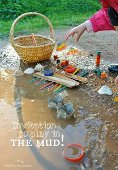 Paint On The Ceiling: Invitation to Play in the Mud! Letting children play in the mud is when their mind really opens to play. Not having something can turn into anything. Play Based Learning, Learning Through Play, Outdoor Play Spaces, Messy Play, Activities For Kids, Camping Activities, Sensory Activities, Outdoor Activities, Outdoor Classroom