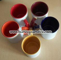 Tazze mug con interno colorato. Mugs.