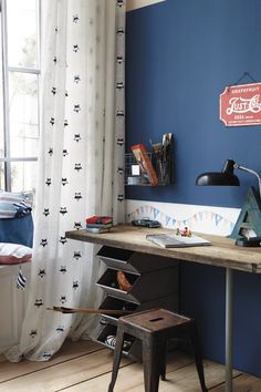 Creative Desks Idea – Whether you run a business from home or just use your desk for checking email, your home office has the distinct . Mesa Home Office, Home Office Desks, Teen Room Designs, Kids Room Design, Home Decor Bedroom, Kids Bedroom, Bedroom Desk, Girl Bedrooms, Modern Bedroom