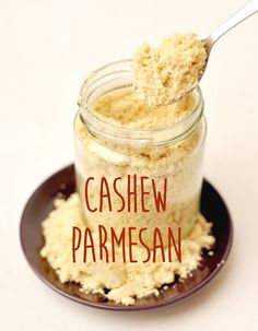 Cashew parmesan, vegan and so delicious!- Cashew-Parmesan, vegan und so schrecklich lecker! Cashew parmesan, vegan and so delicious! Pasta Fagioli, Pizza Recipes, Vegan Recipes, Vegan Food, Parmesan Recipes, Vegan Pasta, Vegan Cheese, Food Items, Baking Ingredients