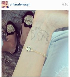 Chiara Ferragni's tattoo. I love the design and placement. I think this is what I'm going to do... eventually. Probably in the fall :)