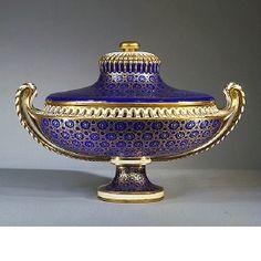 Pot-pourri Vase and Cover. Sèvres, Soft-paste porcelain, gilded x cm Vintage Ceramic, Ceramic Art, Vases Decor, Art Decor, Manufacture De Sevres, Pot Pourri, Classic Furniture, Porcelain Ceramics, Museum
