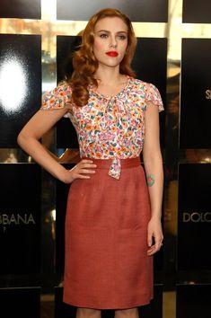 Scarlett Johansson in Dolce & Gabbana: The Make Up - Scarlett Johansson Photocall Outside