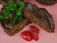 Cranberry Chocolate Blossoms. Raw, vegan, gf.